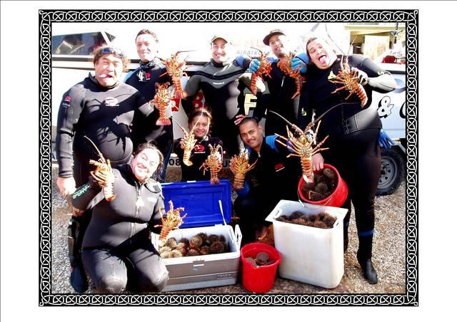 Dive HQ South Auckland CATCH KAI MOANA (GOOD)