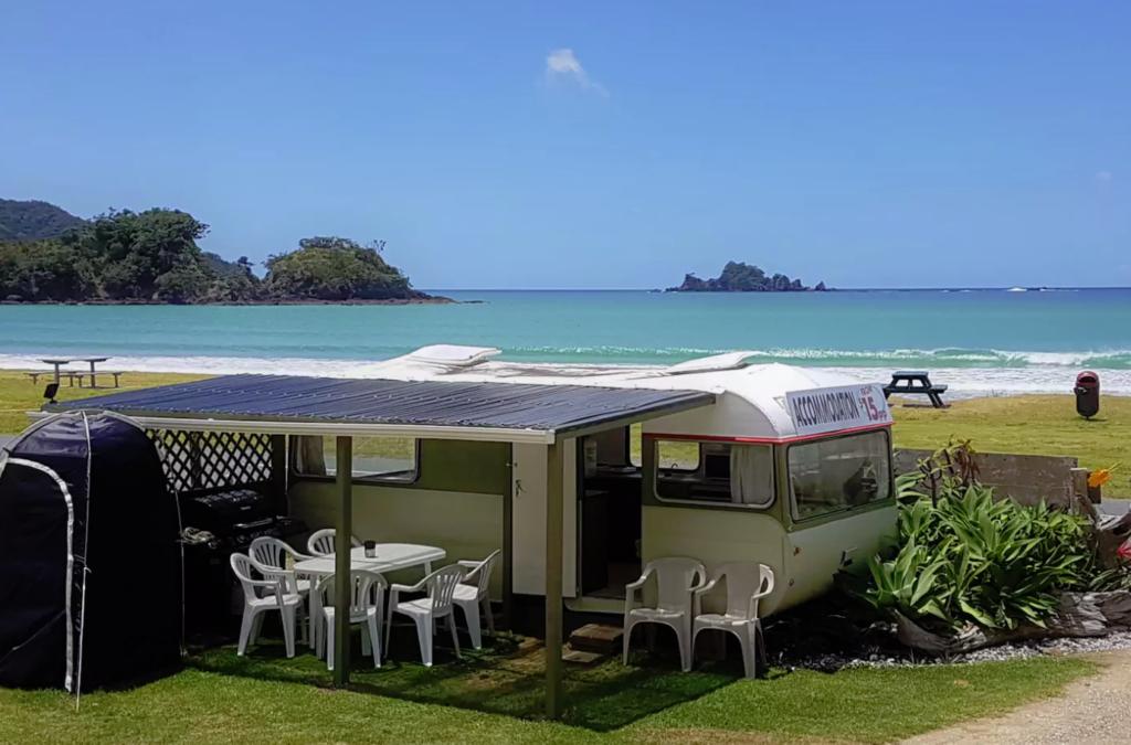 Oakura Beach Front Caravan