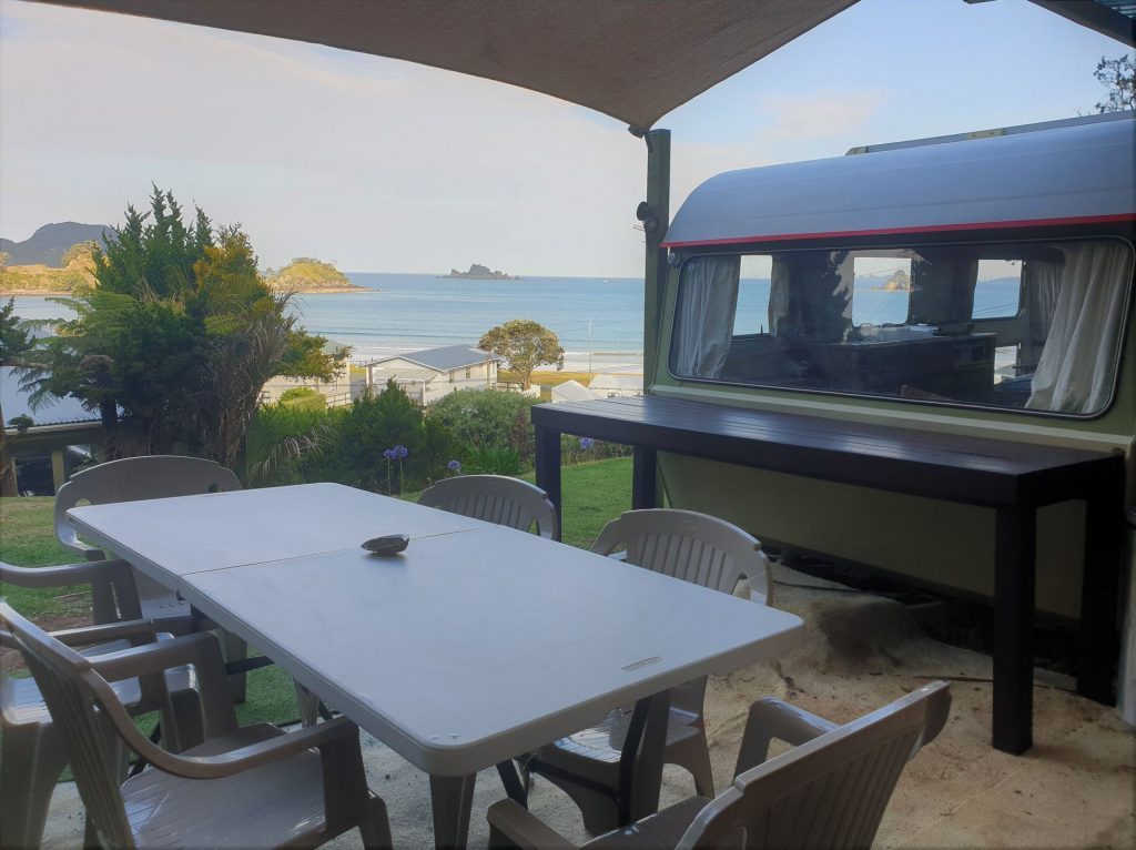 Oakura Top Spot Caravan and Ocean view