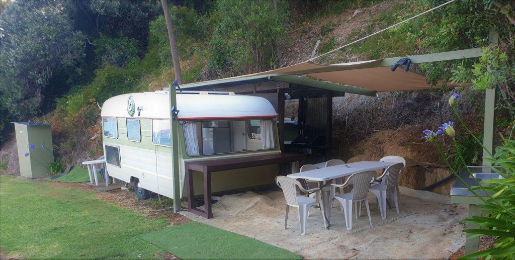 Oakura Top Spot Caravan perspective
